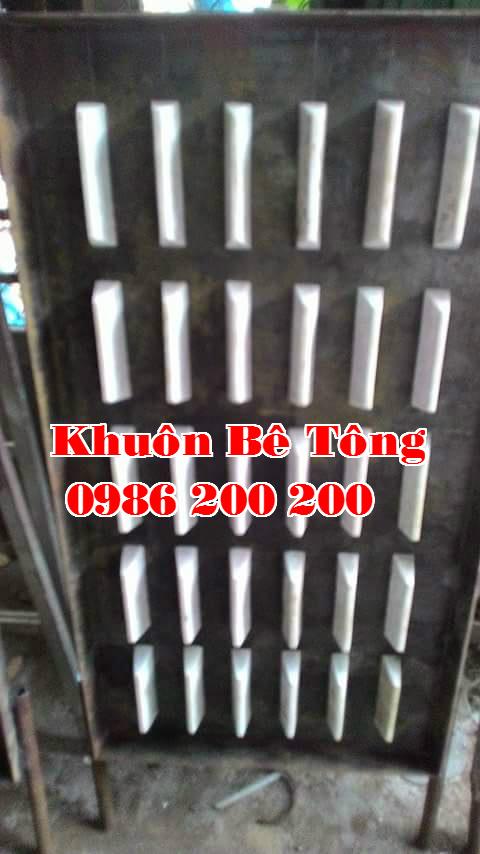 1-dan-be-tong-0986200200-ban-may-rung-va-khuon-do%cc%89-dan-be-tong-ban-dan-be-tong-ban-may-rung-be-tong-ban-khuon-be-tong-4