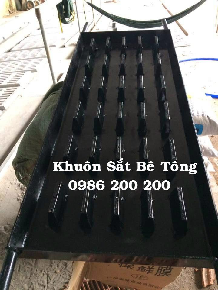 1-dan-be-tong-0986200200-ban-may-rung-va-khuon-do%cc%89-dan-be-tong-ban-dan-be-tong-ban-may-rung-be-tong-ban-khuon-be-tong-6